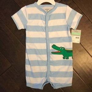 15e0fc89868e NWT Carter s alligator knit romper 18 mos